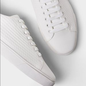 ZARA MEN WHITE SNEAKERS